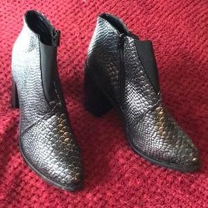 Olivia Miller Shoes - Olivia Miller Black/Silver Boots 8